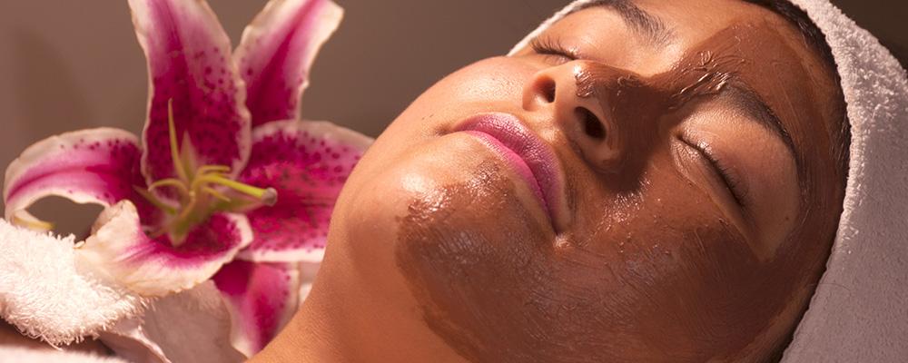 tratamiento-facial-en-spa-de-los-olivos-spavida-peru-limpieza